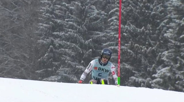 Tercer slalom consecutivo que Noël es el más rápido de la primera manga y se le escapa la victoria. Por lomenos hoy ha acabado en el podio.