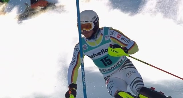 Linus Strasser ha remontado diez puestos en la segunda manga para acabar segundo.