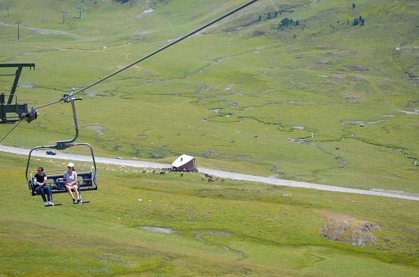 El telesilla panorámico Blanhiblar estará operativo a partir del 9 de julio.