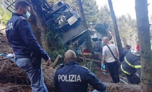 El teleférico fue sometido hace cinco años a una renovación y a un detallado control de su cable. FOTO: Polizia di Stato