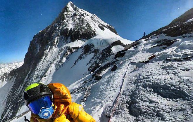 'No puedes escalar el Everest a nuestro estilo si no te sientes al 100 por 100', dijo el compañero de Jornet