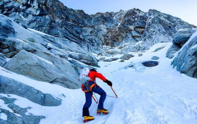 Otra imagen de la escalada