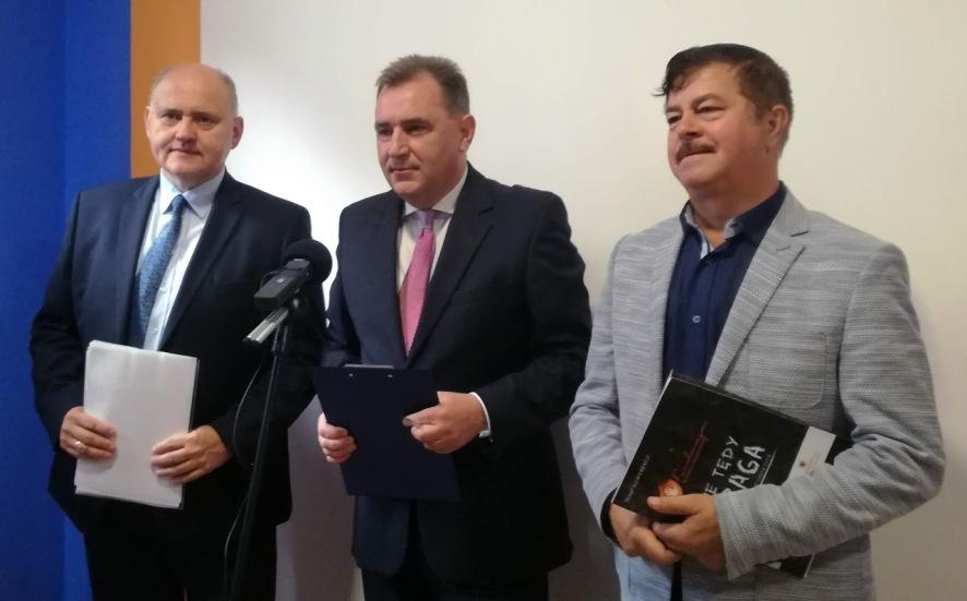 """""""Rabunkowa nacjonalizacja"""" w planach Prawa i Sprawiedliwości"""