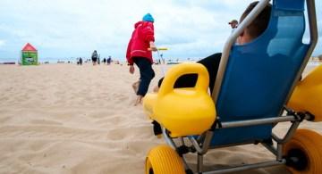Niepełnosprawni skorzystają również z kąpieli morskich. Jest już dla nich specjalna amfibia.