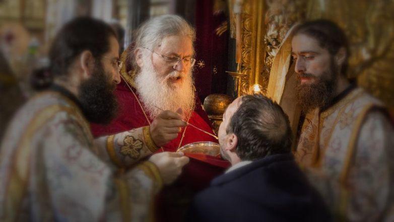 Ιερά Αγρυπνία ενώπιον της Αγίας Ζώνης από τον Γέροντα Εφραίμ