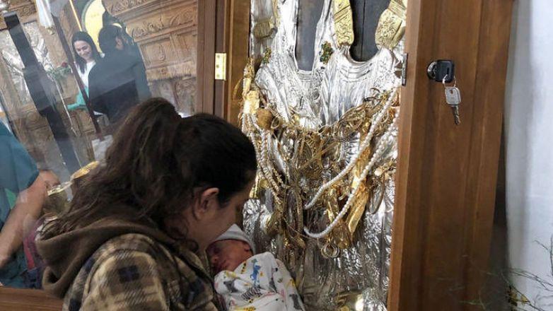 Αναχώρηση Ιεράς θαυματουργού Εικόνος Παναγίας «Βουρλιωτίσσης» από την Κύπρο