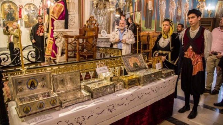 Ιερά Αγρυπνία και Υποδοχη Ιερών Λειψάνων στον Ιερό Μητροπολιτικό Ναό Αγ. Αναργύρων Ν. Ιωνίας