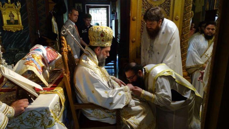 Η εορτή του Αγίου Πνεύματος και χειροτονία Πρεσβυτέρου στην Ι.Μ. Νέας Ιωνίας και Φιλαδελφείας