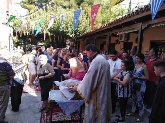 i-eorti-tou-agiou-fanouriou-sto-irakleio-attikis-2019_0010