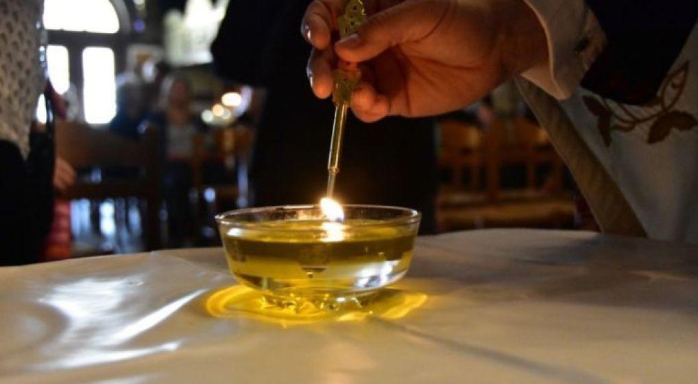 Ιερό Ευχέλαιο στον Ι. Ν. Παναγίας Πρασίνου Λόφου Ηρακλείου Αττικής