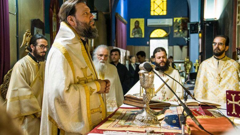 Αρχιερατική Θεία Λειτουργία επί τη ελεύσει του Τιμίου Ξύλου και της άφθαρτης χείρας της Αγ. Μαρίας της Μαγδαληνής στη Ν. Φιλαδέλφεια
