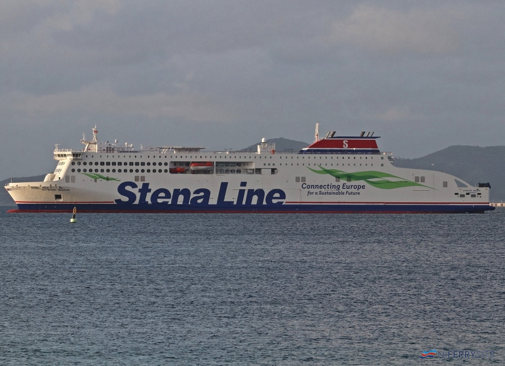 STENA EDDA seen at Algeciras Anchorage while making a stop-off on her delivery voyage from China. Copyright © Daniel Ferro.