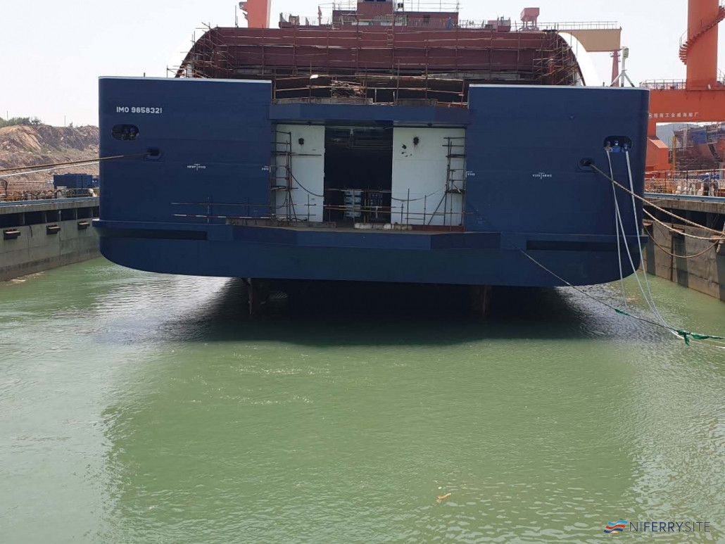 A view ofCÔTE D'OPALE's stern door. This differs significantly from the other E-Flexer's which have a stern ramp instead. DFDS UK.