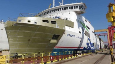 Photo of [In Pictures] Stena Lagan Split in Two For Lengthening