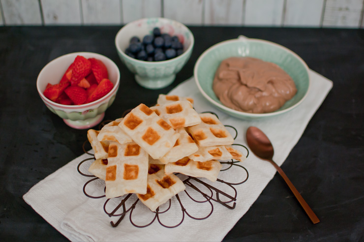 Easy Puff Pastry Waffles with Nutella Dip from {nifty thrifty things}