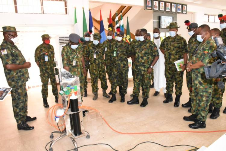 Authorities of the Nigerian Defence Academy displaying samples of ventilators produced by its personnel to curb coronavirus