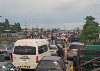 Gridlock caused by the #EndSARS protest in Ughelli, Delta State