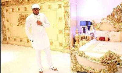 E Money in his bedroom