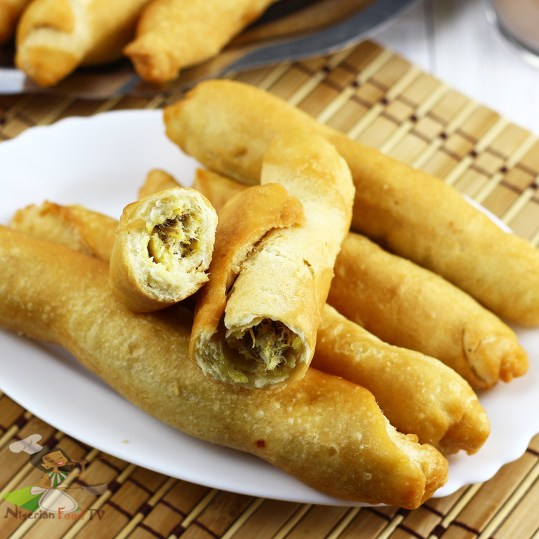 prepare nigerian african fish rolls