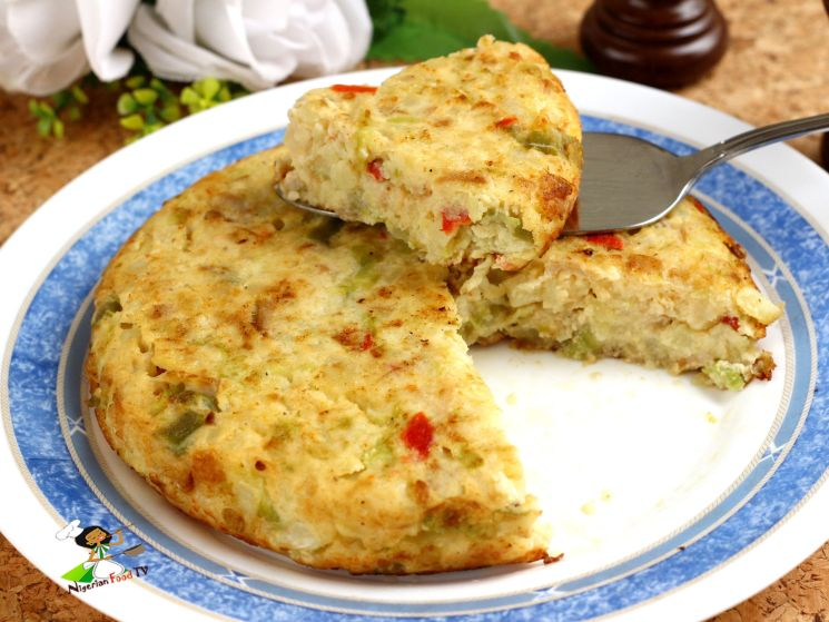 Tortilla de patatas con verduras Spanish omelette recipe with vegetables