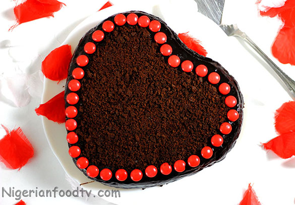 how to make a chocolate heart cake