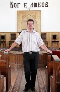 Пастор Иван Стоицев