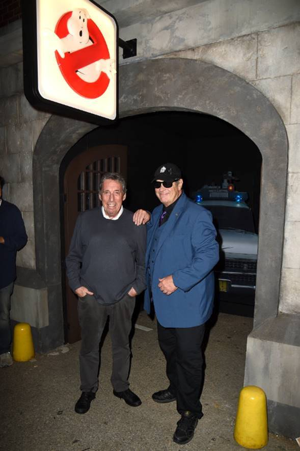 [News] Dan Aykroyd and Ivan Reitman Journey into Ghostbusters Halloween Horror Nights Maze!