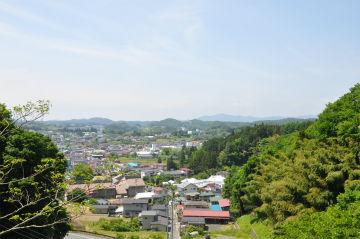 松坂御門橋から若宮を見た写真