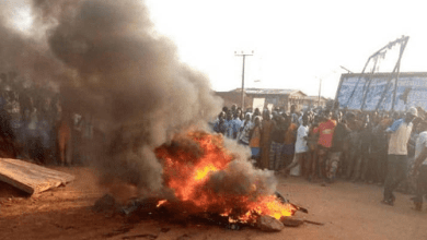 Photo of Suspected Armed Robber Set Ablaze In The Northern Region