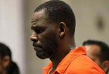Photo of Prosecution unveils R. Kelly's 'decades of lies, manipulation, abuse' in closing arguments