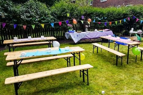 Aufbau zum Gartenfest