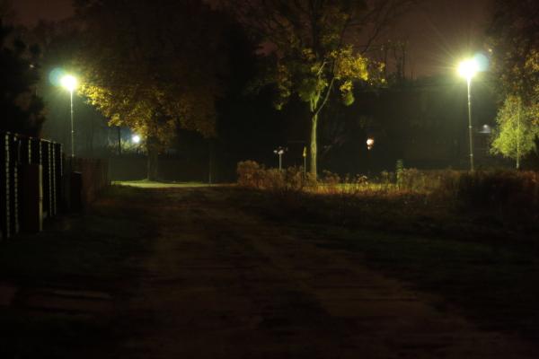 Nikielkowo nocą
