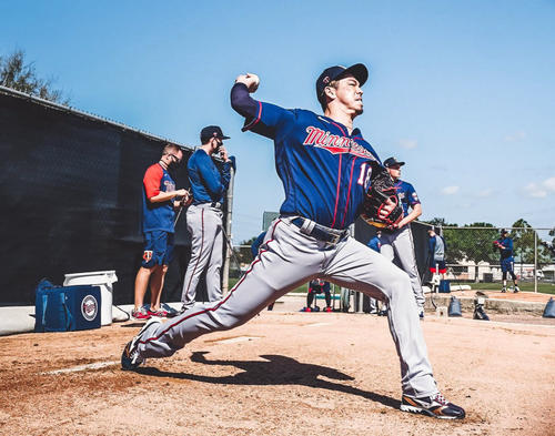 Twins Maeda = Fort Myers practicing pitching with a bullpen (provided by the team)