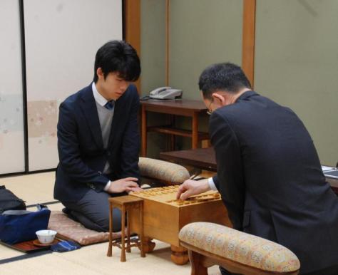 中学生として最終対局に臨んだ藤井聡太六段(撮影・松浦隆司)