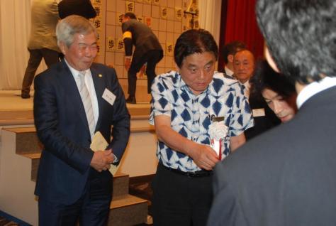 祝う会に出席した河村たかし名古屋市長(撮影・松浦隆司)