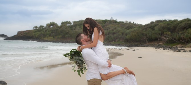 FINGAL HEADS WEDDING PHOTOGRAPHER – DREAMTIME BEACH – KIRBY + LUKE – SNEAK PEEKS – NIKKI BLADES PHOTOGRAPHY