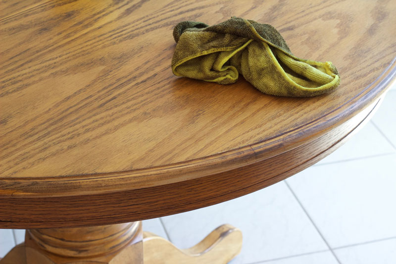 DIY refinish a kitchen table to look rustic and unique! www.nikkisplate.com