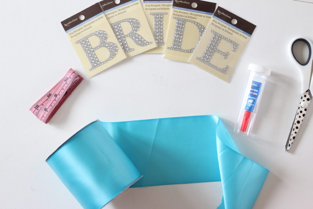 DIY Bridal Sash for a Bachelorette Party - www.nikkisplate.com