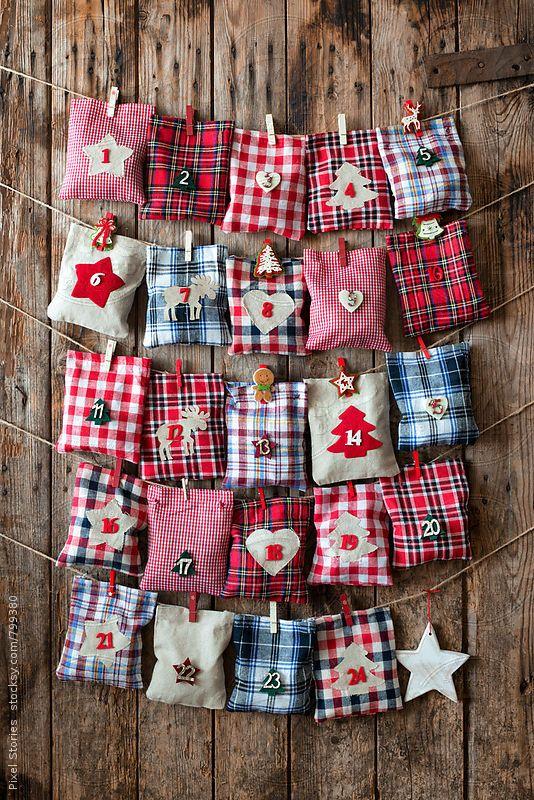 DIY Christmas Advent Calendar || Christmas decor, crafts and fun! Nikki's Plate