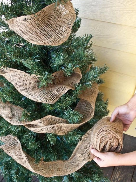 9 Most Popular Christmas Tree Decorations Yours NEEDS!; Wondering what your tree is missing? I have you covered with these xmas ornament must haves to make your tree beautiful this year!  Details on how to dress your tree this holiday season!