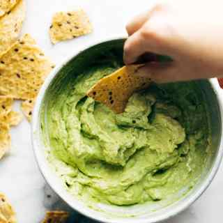 Healthy Super Bowl Appetizers (Vegan, Gluten Free, Sugar Free) || Avocado Dip and Chips #superbowl #appetizers #healthy #vegan || Nikki's Plate