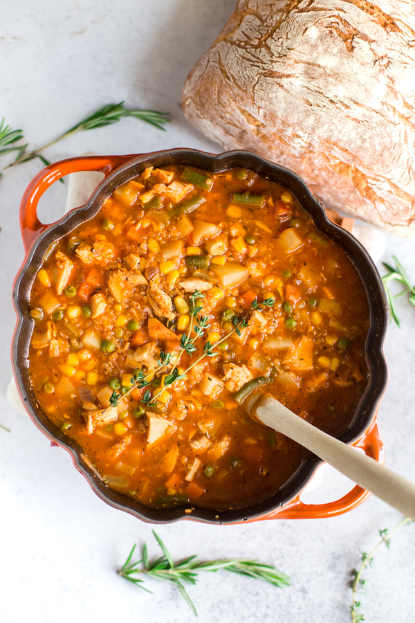 Easy Leftover Turkey Recipes; Not sure what to do with your leftover turkey from the holidays? Try these 15 easy and delicious recipes to avoid waste and keep you turkey stuffed! quinoa vegetable soup #leftoverturkey #quinoa