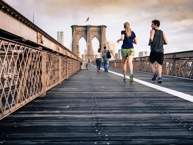Niko Juranek Fitness Travel Lifestyle morning run