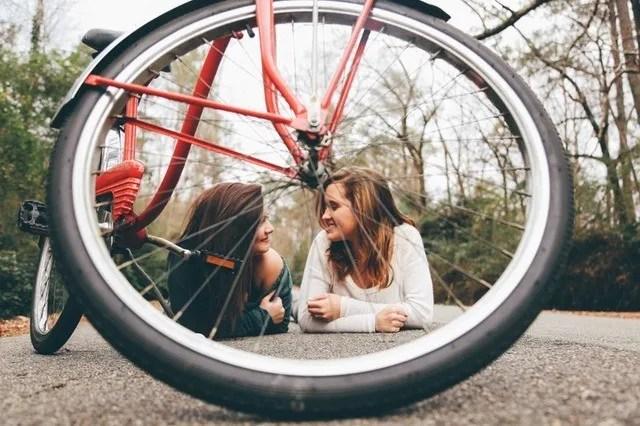 Niko Juranek Personality Fitness Travel Lifestyle Blog friends
