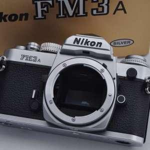 Nikon FM3A Silber Zustand A/A+ manueller und elektronischer Verschluss