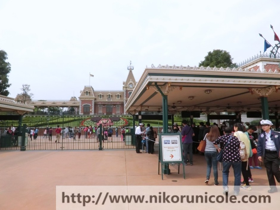 Travel-Hong-Kong-Disneyland-Lifestyle-Blogger-Nikoru-Nicole13