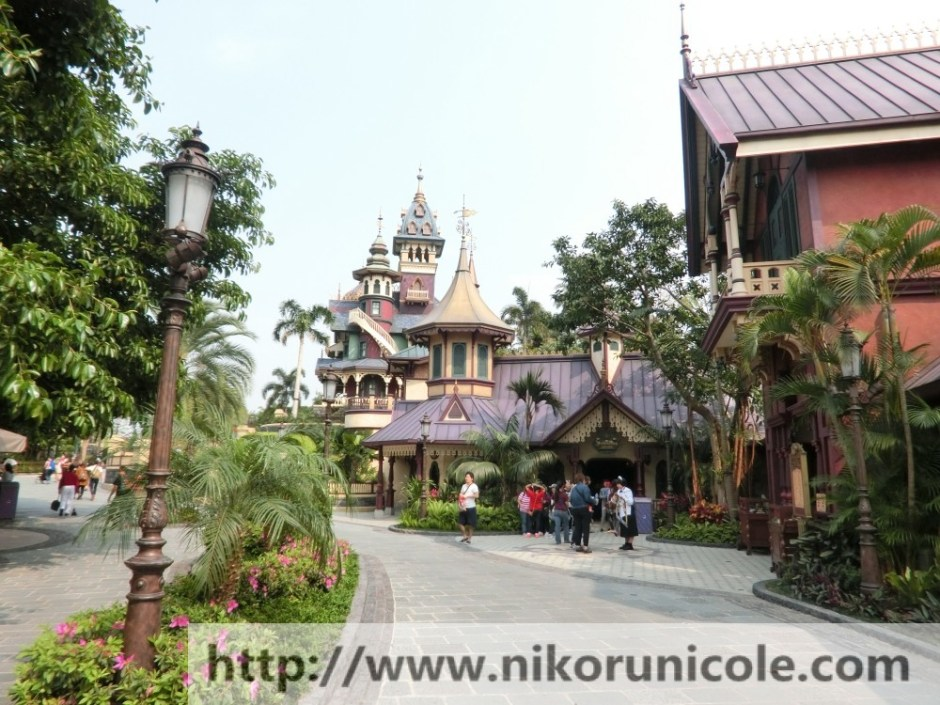 Travel-Hong-Kong-Disneyland-Lifestyle-Blogger-Nikoru-Nicole28