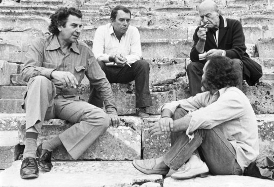 Nostalgia, ΕΛΛΑΔΑ, GREECE '60's, ΔΕΚΑΕΤΙΑ '60, ΧΑΤΖΙΔΑΚΙΣ, ΜΕΛΙΝΑ, ΩΝΑΣΗΣ, ΜΟΥΣΧΟΥΡΗ, Η ΜΑΓΙΚΗ ΔΕΚΑΕΤΙΑ ΤΟΥ '60, ΖΟΡΜΠΑΣ, ΕΙΡΗΝΗ ΠΑΠΑ, Zorba, ΤΟ BLOG ΤΟΥ ΝΙΚΟΥ ΜΟΥΡΑΤΙΔΗ, nikosonline.gr, Nikos On Line