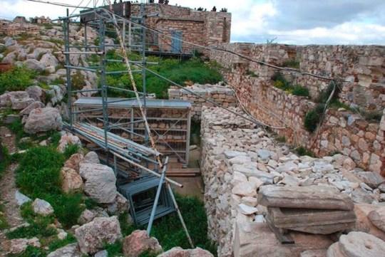 ACROPOLIS, VRAHOS, Ελλάδα, Ακρόπολη, βράχος, Παρθενώνας, καταρρέει, Nikos On Line, nikosonline.gr