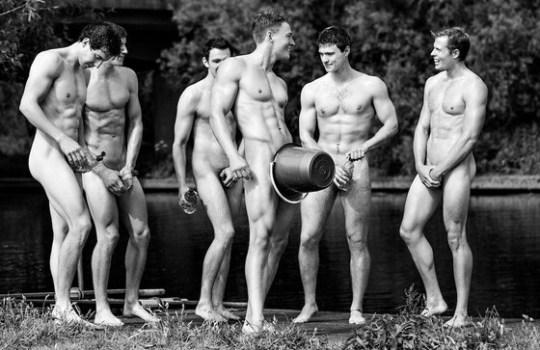 """Άντρες, ομάδα κωπηλασίας, Βρετανικό πανεπιστήμιο,  Warwick, """"Educational Action Challenging Homophobia"""", ΤΟ BLOG ΤΟΥ ΝΙΚΟΥ ΜΟΥΡΑΤΙΔΗ, NIKOSONLINE.GR"""